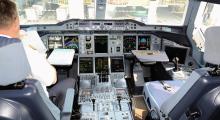 002-Singapur-A380-Cockpit-2