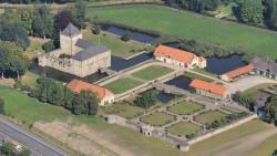 003-Gesmold-Schloss-2-Südostansicht