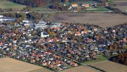 006-Gesmold-Übersicht-1-Kirche