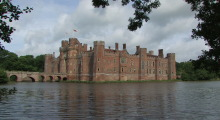 008-England-Herstmonceux-Castle
