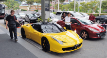 018-Singapur-Ferrari-1