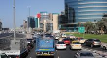 041-Dubai-Strassenverkehr-2