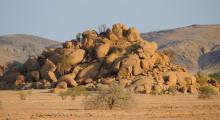 065-Namibia-Berge-1